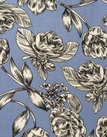 Viskosejersey Stoff große Blüten Blumen in schwarz weiß grau auf jeansblau 1a 348x445 - 0,5m Viskose Jersey große Blüten Blumen jeansblau grau weiß schwarz