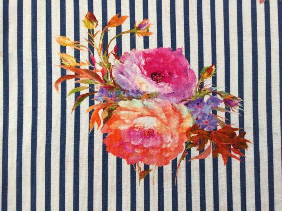 P Jersey Stoff mit Blumen in rosa pink mint und orange auf dunkelblauen Streifen Ökotex 568x426 - 0,5m Jersey große Blumen Blüten Streifen dunkelblau orange pink rosa Ökotex
